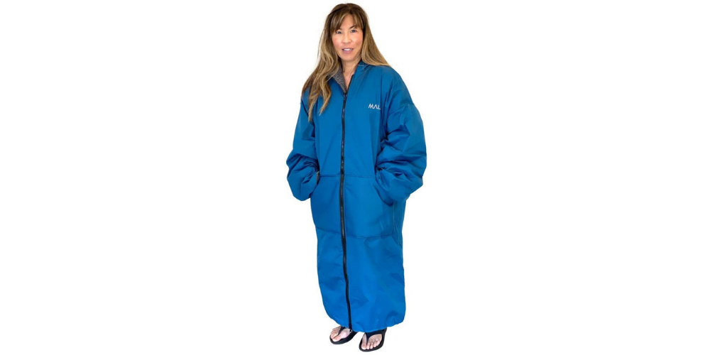 Winter surf poncho changing