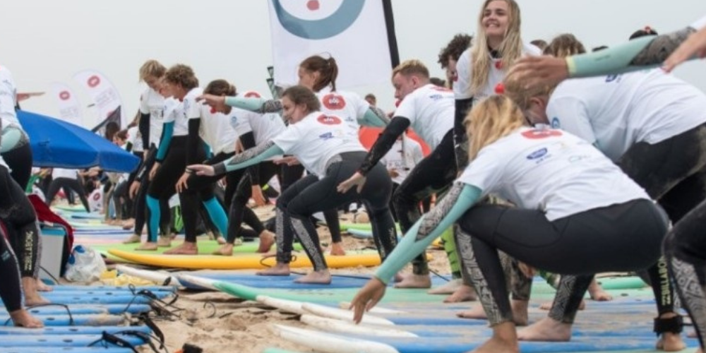 Largest Surfing Lesson